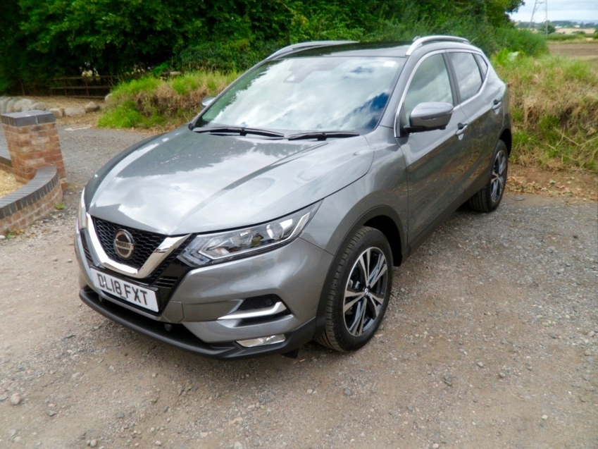 View NISSAN QASHQAI N-CONNECTA 1.5 DCI PAN-ROOF 9 WEEKS OLD DAMAGE REPAIRED  ***UNRECORDED-HPi CLEAR***