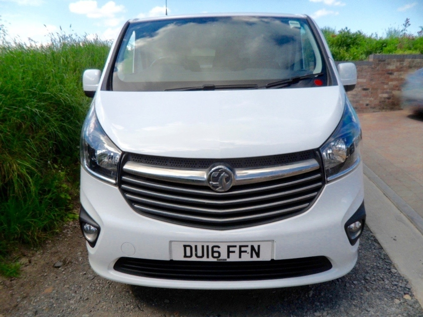 View VAUXHALL VIVARO SPORTIVE LWB 2900 1.6 CDTi LIGHT PANEL DAMAGE DRIVE AWAY AND USE ***UNRECORDED - HPI CLEAR***