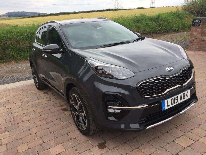 View KIA SPORTAGE GT LINE AUTOMATIC 1.6 CRDI 4x4 DAMAGED NOW FULLY REPAIRED