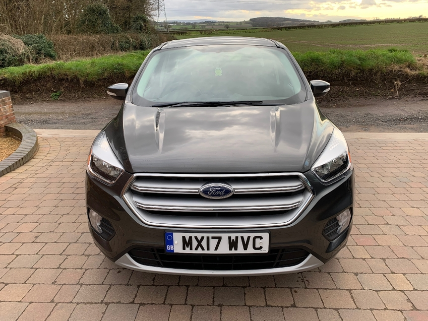 View FORD KUGA ZETEC 1.5T 120BHP FSH DAMAGE REPAIRED RECORDED CATEGORY N