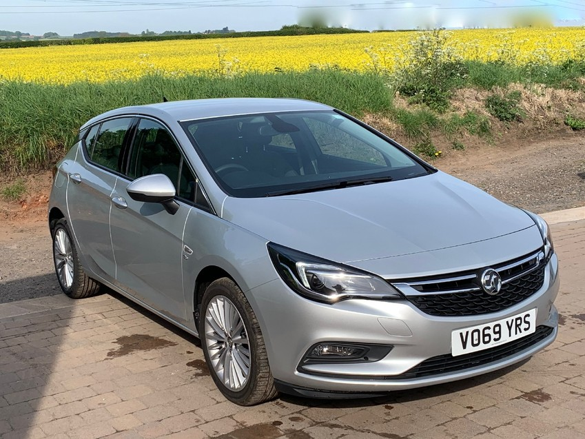 View VAUXHALL ASTRA ELITE NAV 1.4T 150BHP 6 SPEED LEATHER TRIM RECORDED CATEGORY S **DAMAGED NOW FULLY REPAIRED**